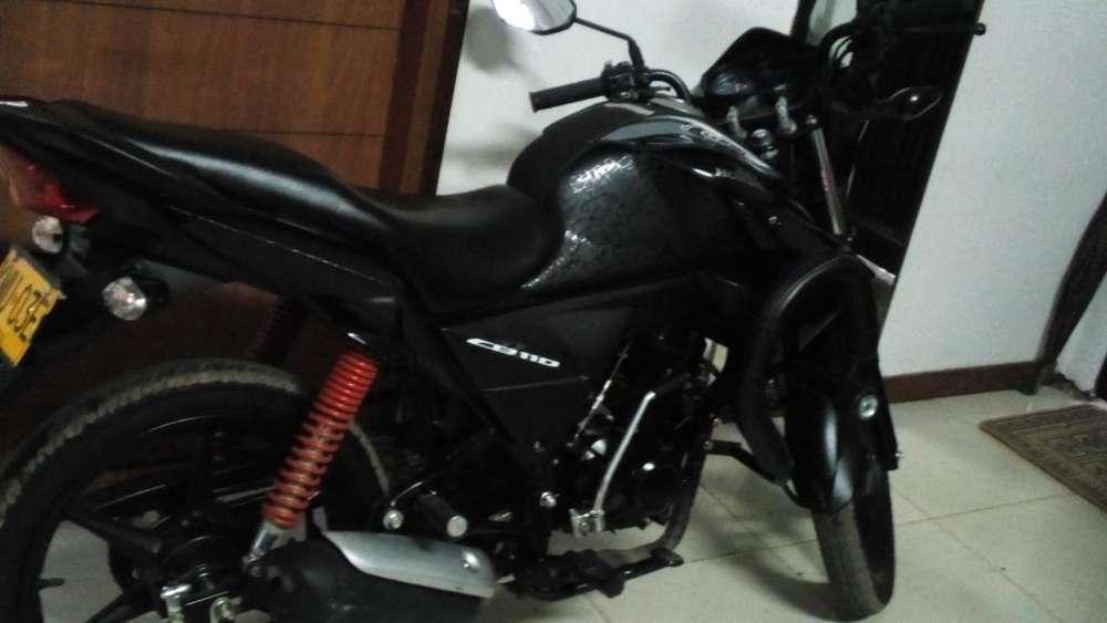 Vendo Moto 6000 Km