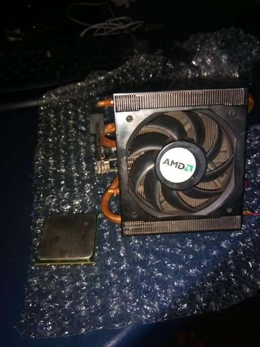 Procesador AMD FX-4300 Cooler Stock de Cobre