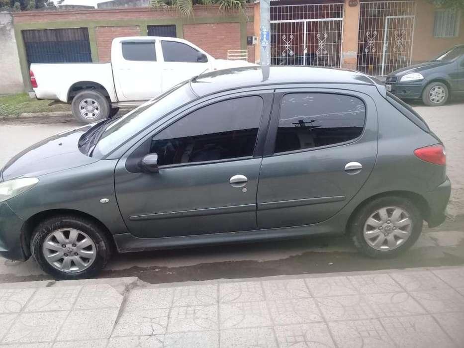 Peugeot 207 2010 - 138149 km