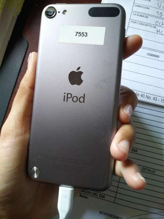 <strong>ipod</strong> TOUCH