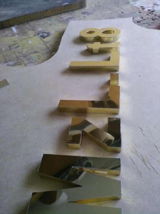 letras y acrilcios