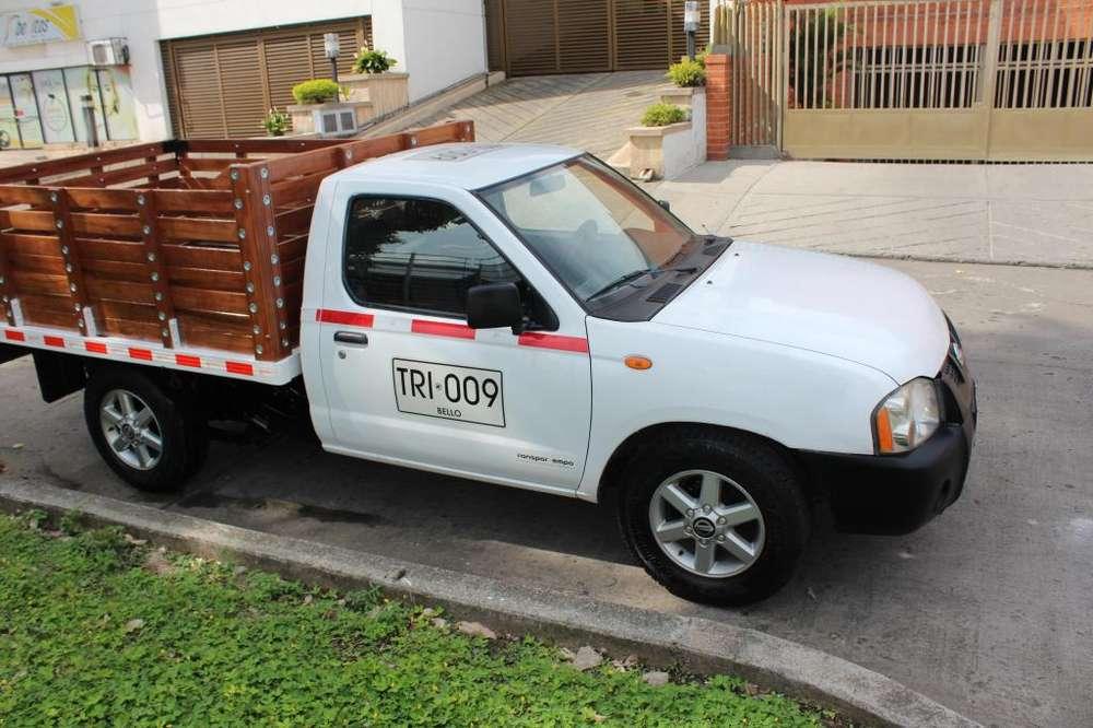 Nissan Frontier 2012 - 80000 km
