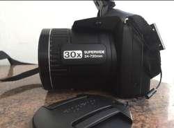 Camara Fujifilm 30 lente optico