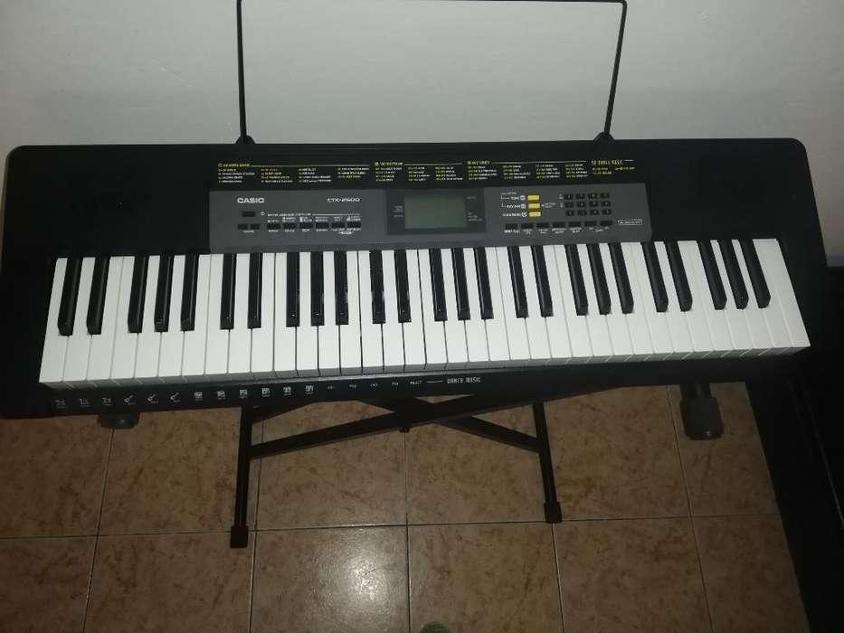 Se Vende Organeta Ctk 25000 Como Nueva