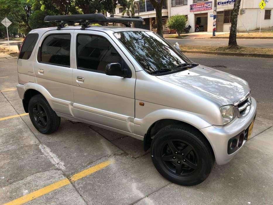 Daihatsu Terios 2006 - 175000 km