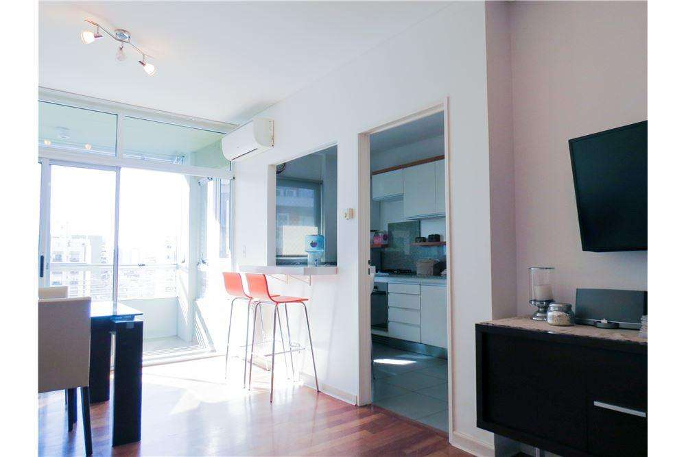 3 amb con balcon terraza Miller y Olazabal - 68mt