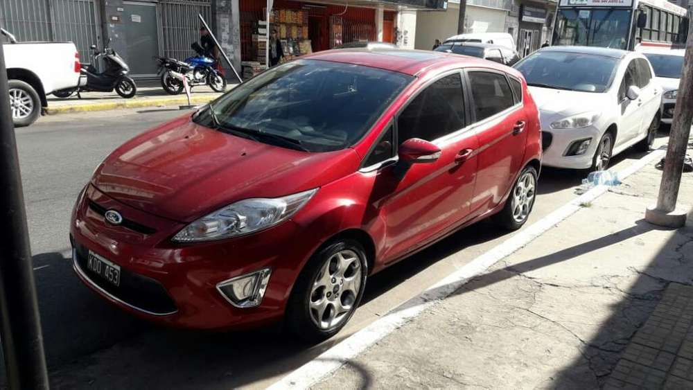 Ford Fiesta Kinetic 2011 - 100000 km