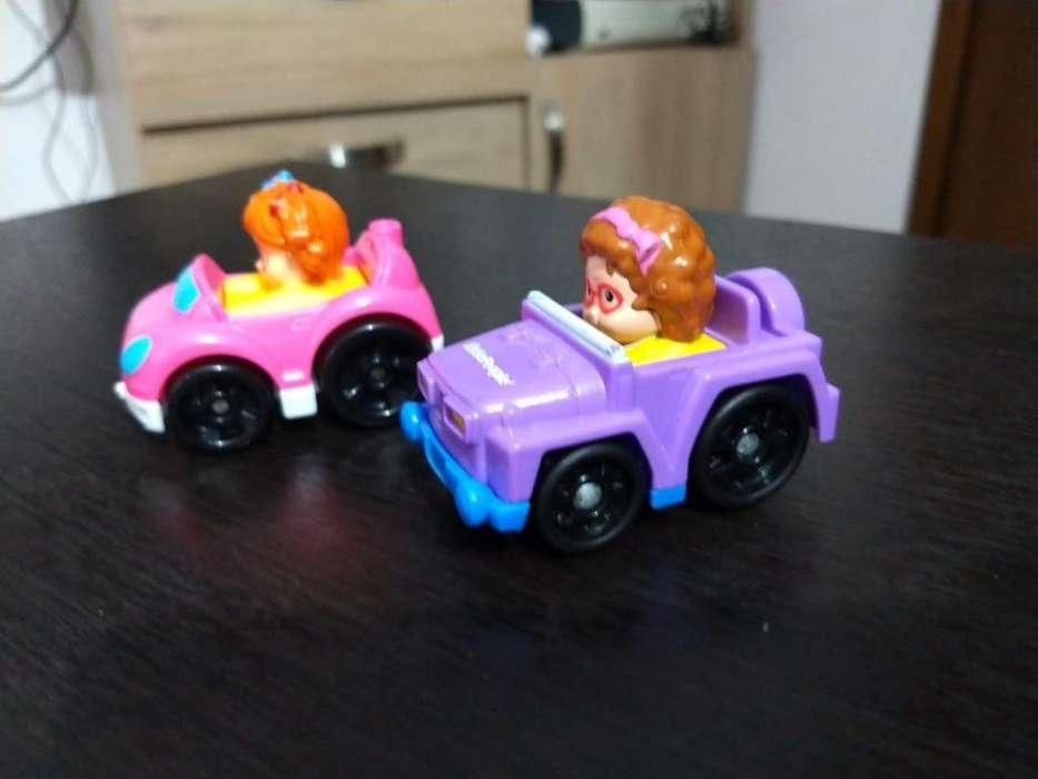 Carritos Little People