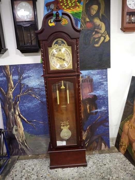 Reloj de Piso Grand Father