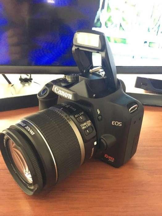Camara canon EOS XS