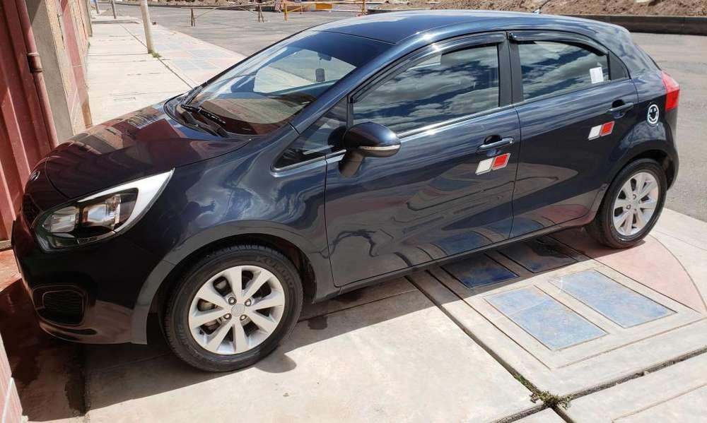 Kia Rio Hatchback 2013 - 34000 km