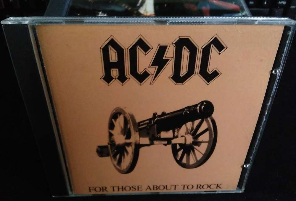 CD ORIGINAL de ACDC For Those About To Rock We Salute You Americano Made in USA, Tenemos otros