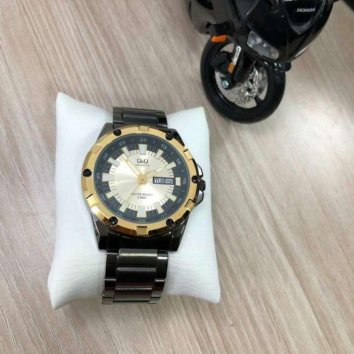 9e68f2d57f1b Relojes nuevos de q y q Colombia - Accesorios Colombia - Moda - Belleza