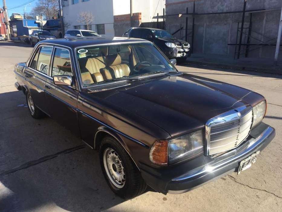 Mercedes-Benz Otro 1981 - 200000 km
