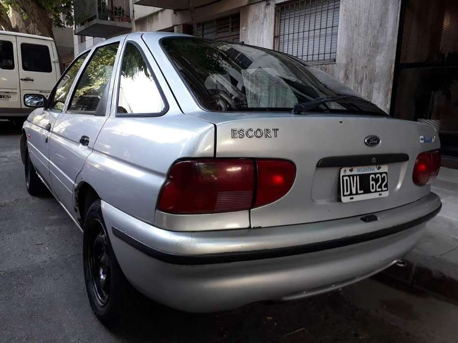 <strong>ford</strong> Escort 2002 - 250000 km