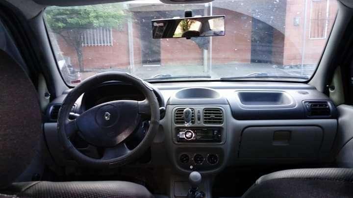 Renault Symbol 2004 - 1940000 km