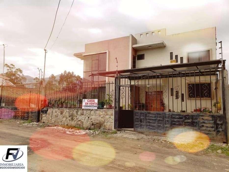en Venta Bonita Casa en Cuenca
