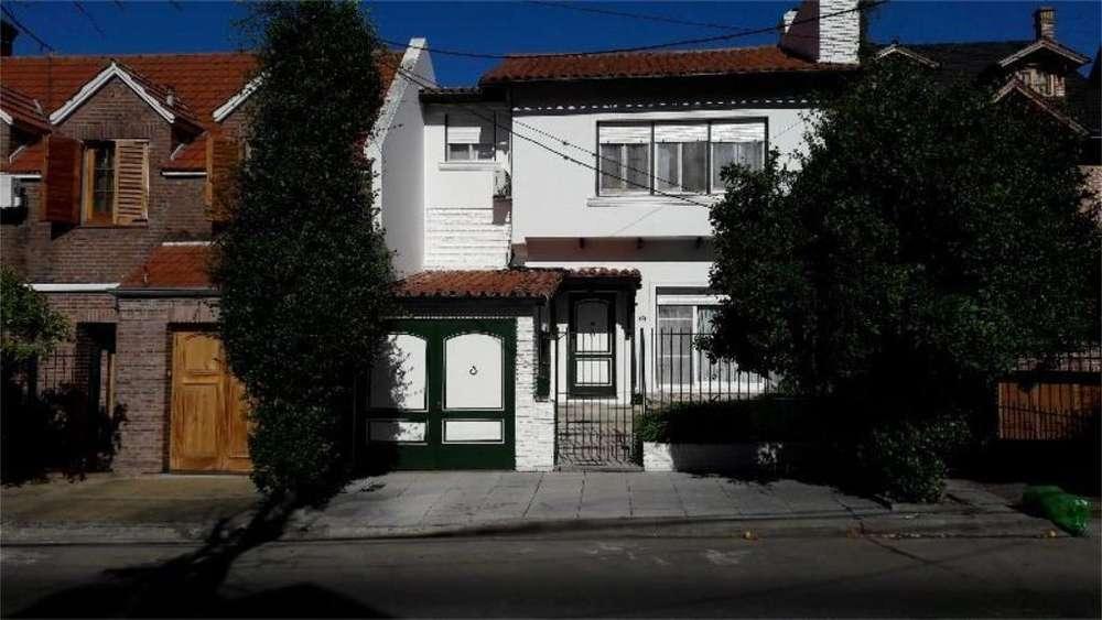 Arenales 2500 - UD 450.000 - Casa en Venta