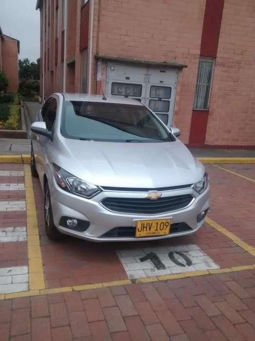 Chevrolet Onix 2018 - 13000 km