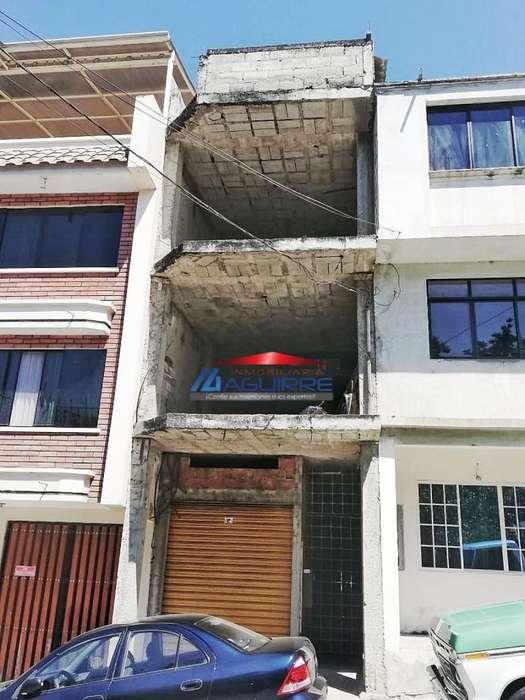 Venta de <strong>edificio</strong> en Construcción - Piñas
