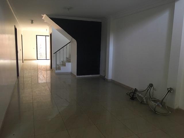 alquiler de casa en ciudad celeste  ,guayaquil