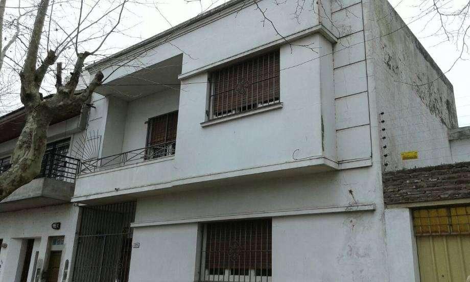 Casa para 2 Familias en venta en Quilmes Oeste Centro