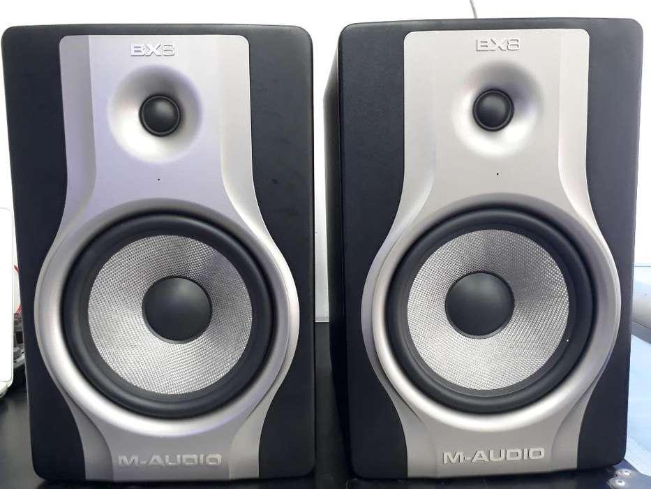 Monitores M-audio Bx8 Carbon Activos