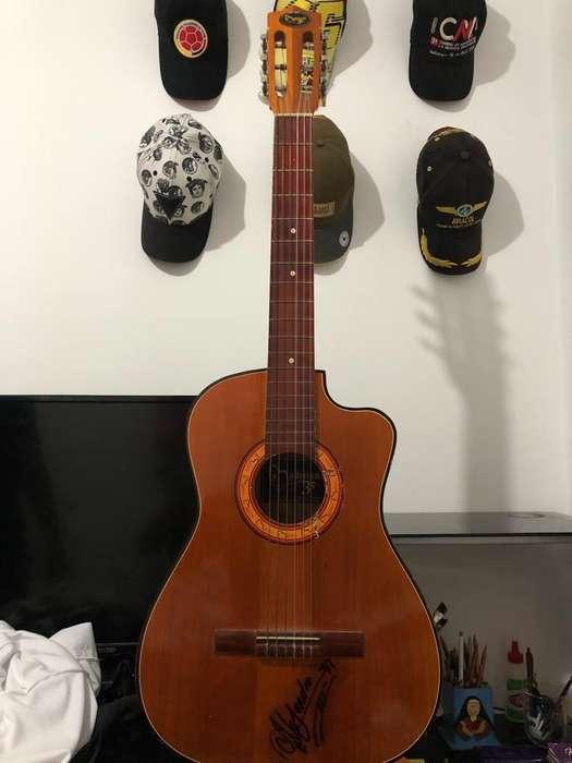 Guitarra Ladrileña