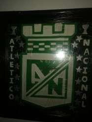 Vendo Cuadro Del Nacional con Reloj Nuev