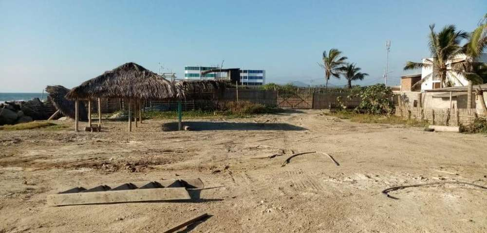Venta de Terreno en Los Arenales, cerca de Crucita, Manabi