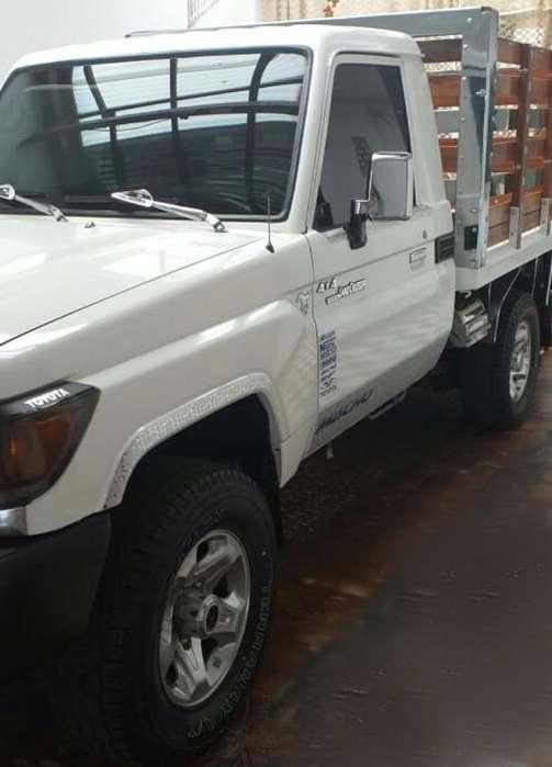 Toyota Land Cruiser 2013 - 103000 km