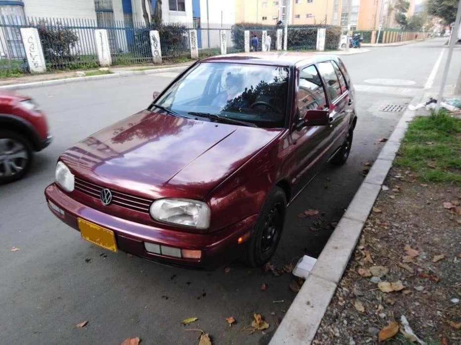 Volkswagen Golf 1998 - 226000 km