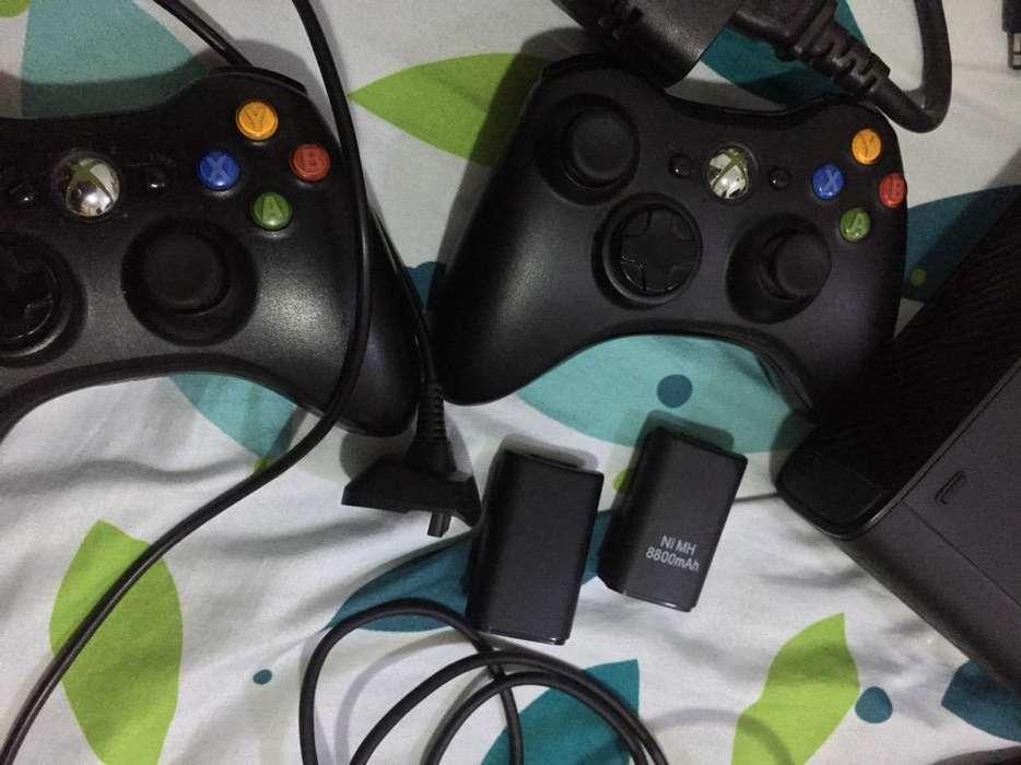 Xbox 360E Cambio o Vendo por Celular