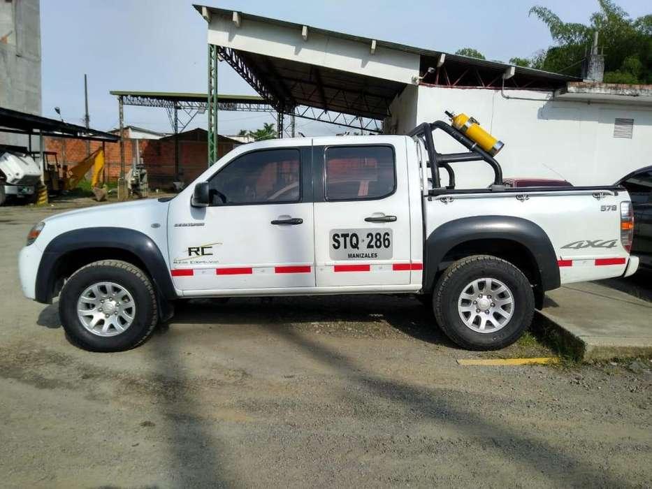 Mazda BT50 4x4 diesel perfecto estado, servicio público con trabajo