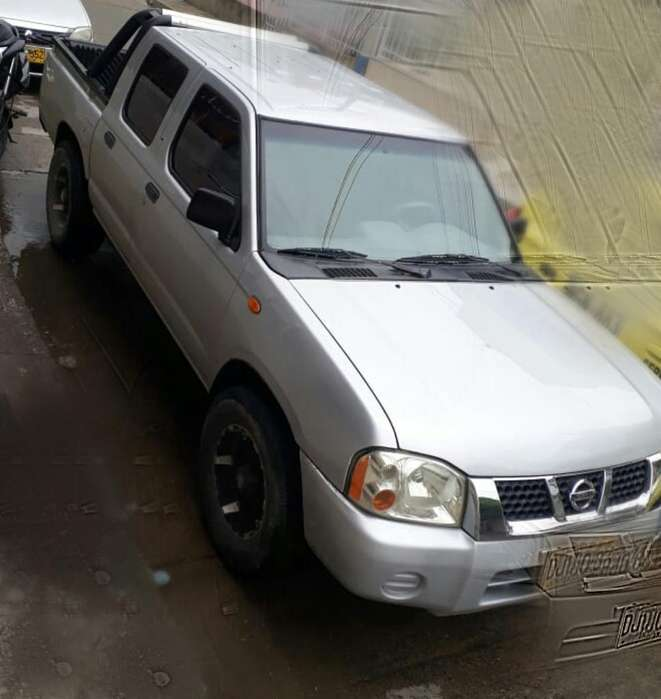 Nissan Frontier 2013 - 155000 km