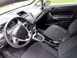 Vendo Vehículo Ford Fiesta