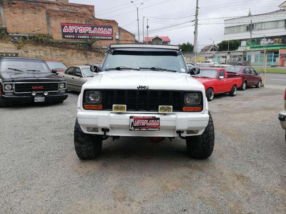 JEEP Cherokee 1999 - 250000 km