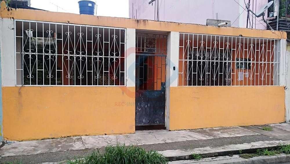 COD# 148 VENDO DE OPORTUNIDAD CASA EN PRADERA 3 EN SECTOR SUR DE LA CIUDAD