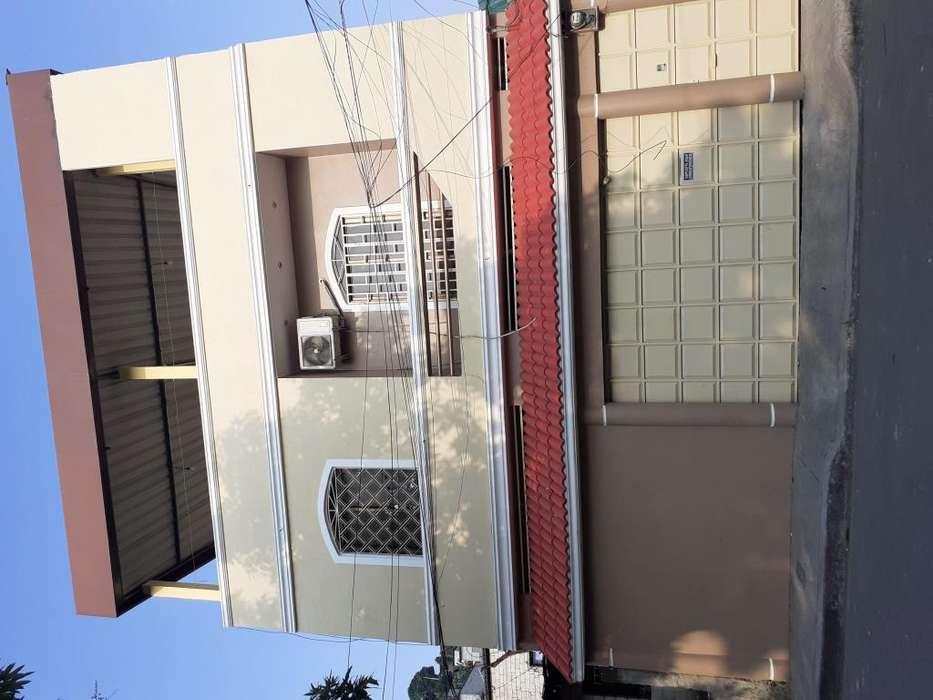 Casa de Venta , Propiedad Rentera para Inversión, Bastión Popular Cerca a la Via Principal de la Perimetral