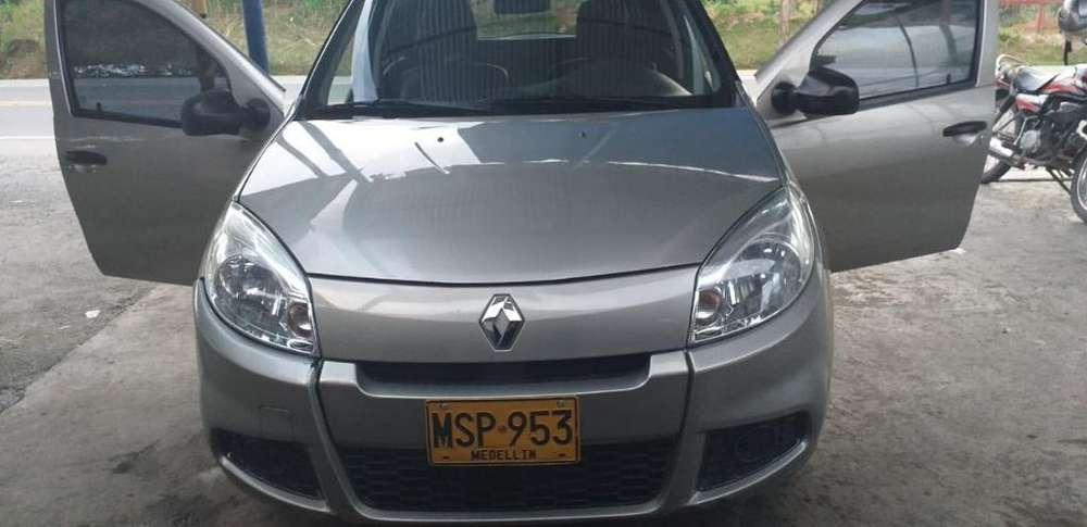 Renault Sandero 2013 - 82000 km