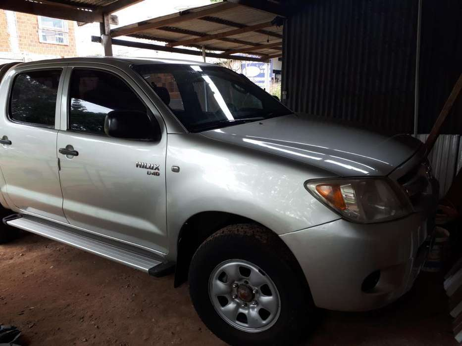<strong>toyota</strong> Hilux 2007 - 200000 km