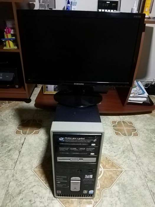 Computador con Monitor Led de 19 Pulgada