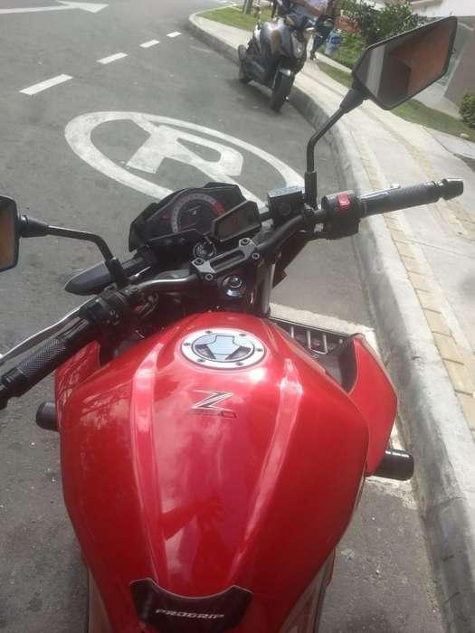 Vendo <strong>kawasaki</strong> Z250 EXCELENTE ESTADO