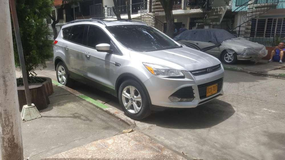 <strong>ford</strong> Escape 2014 - 61800 km