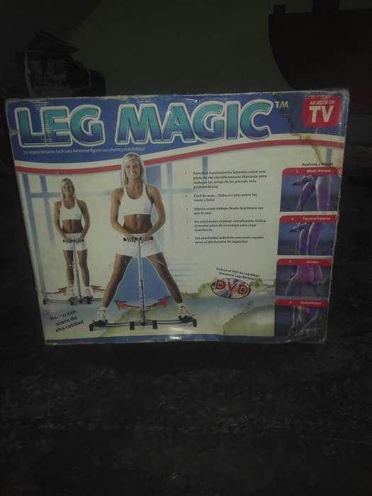 Maquina Leg Magic Ejercicio