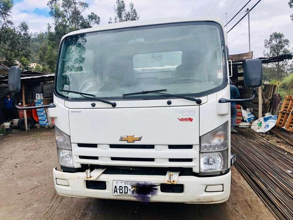 Vendo Camion Npr 2012
