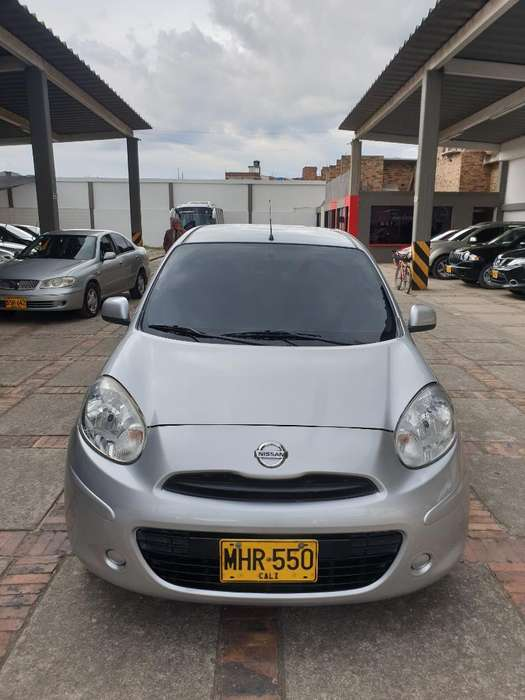 Nissan March 2013 - 56000 km