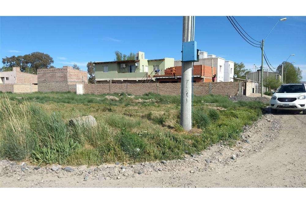 Venta de terreno en General Roca, Rio Negro.