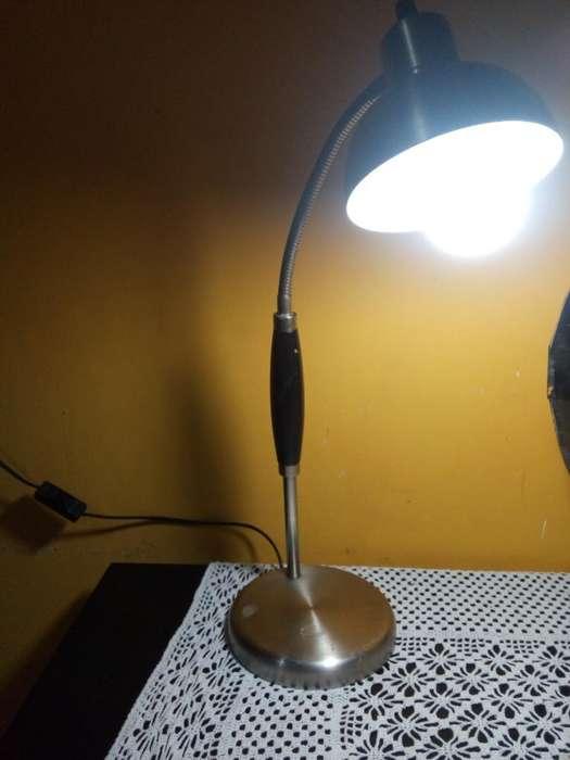 Lámpara de <strong>aluminio</strong> de Escritorio