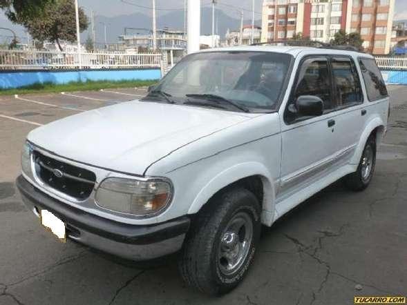 Ford Explorer 1997 - 250000 km